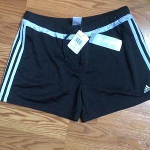 Adidas Shorts Large
